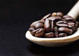 coffee-beans-on-spoon-health-benefits
